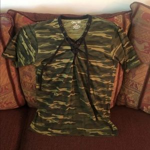 On Fire Army Camouflage Tie String T-Shirt Medium